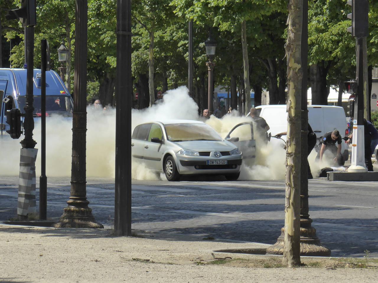 El terrorismo vuelve a intentar golpear a París