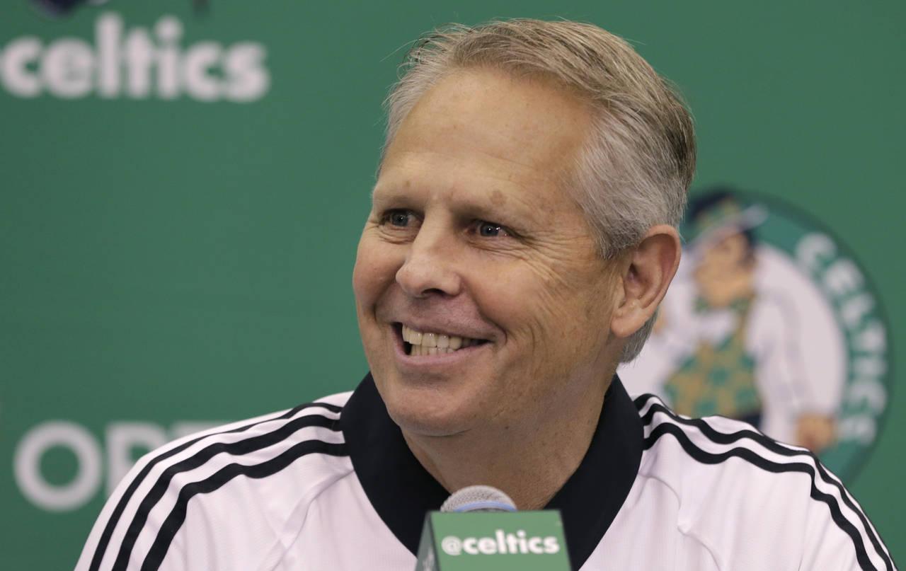 Celtics cede su primera selección del Draft 2017