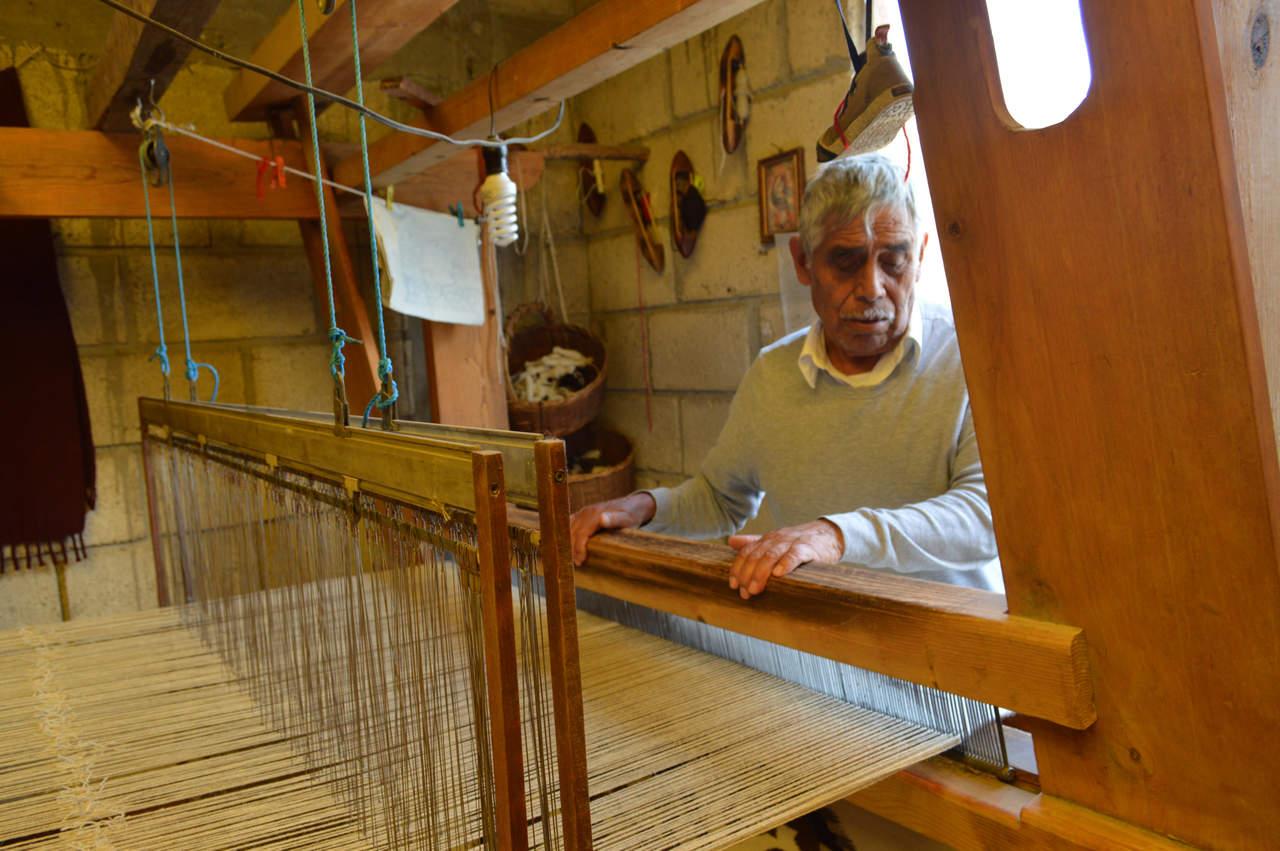 Tejidos de lana de Gualupita, tradición en riesgo de perderse