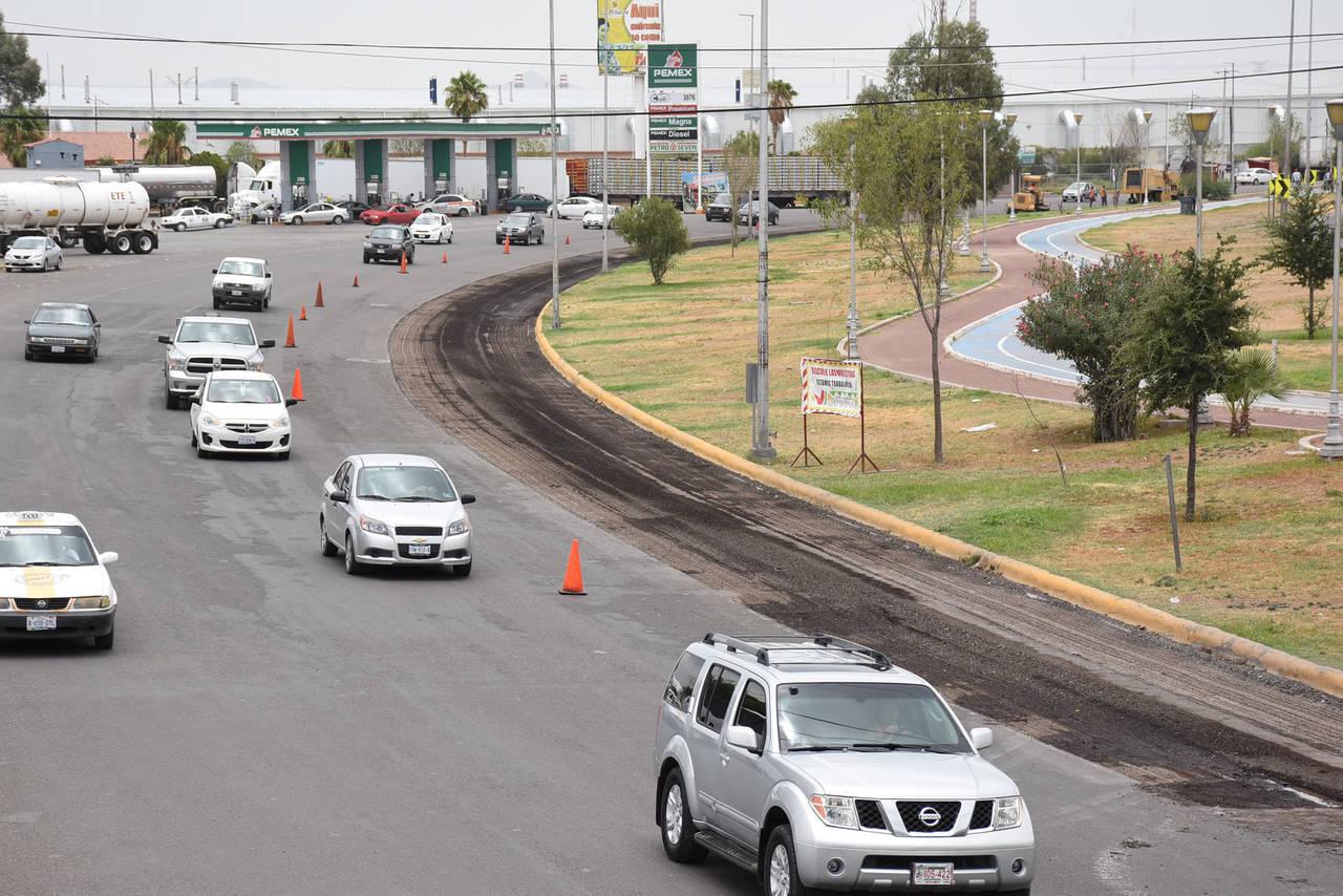 Mejoran el asfalto del Blvr. Ejército Mexicano