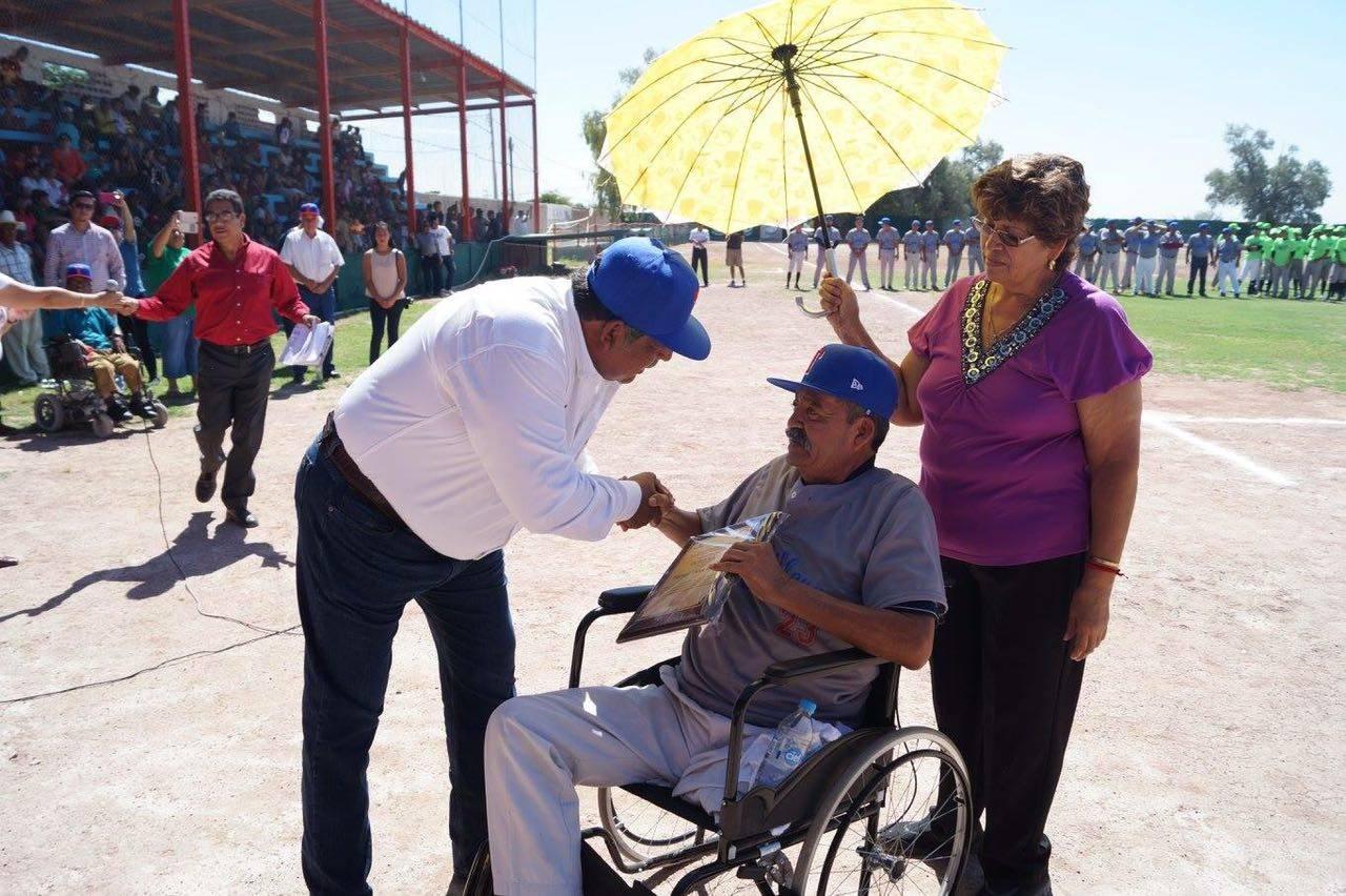 Celebran el aporte de Tlahualilo al beisbol