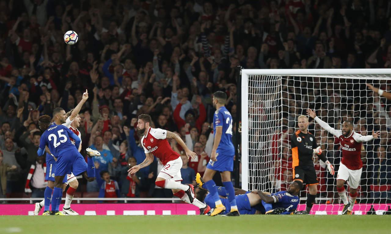 Arsenal comienza con una victoria