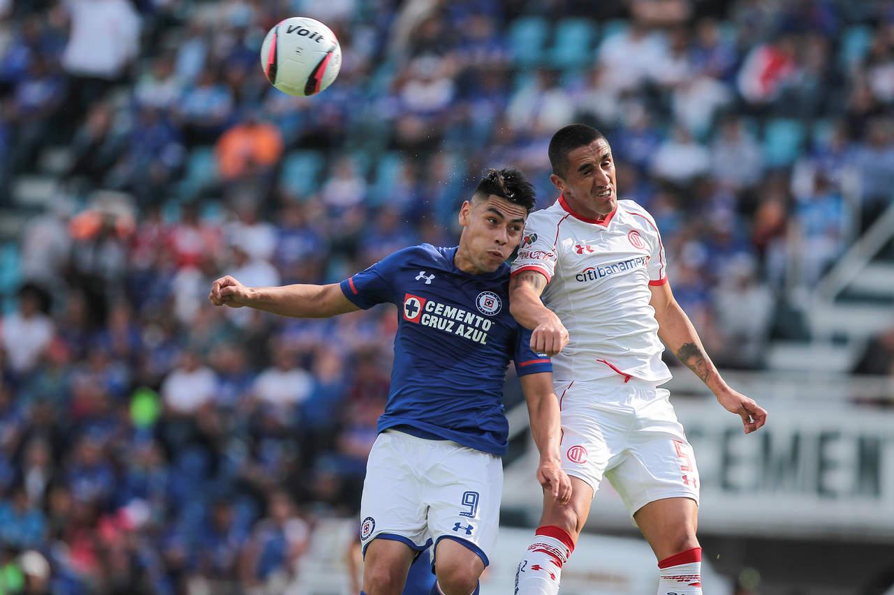 Sigue sin ganar Cruz Azul; empata a ceros contra Toluca