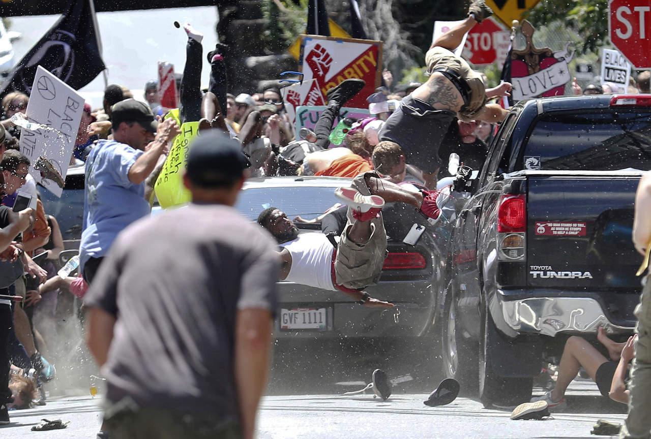 Estalla racismo en Estados Unidos
