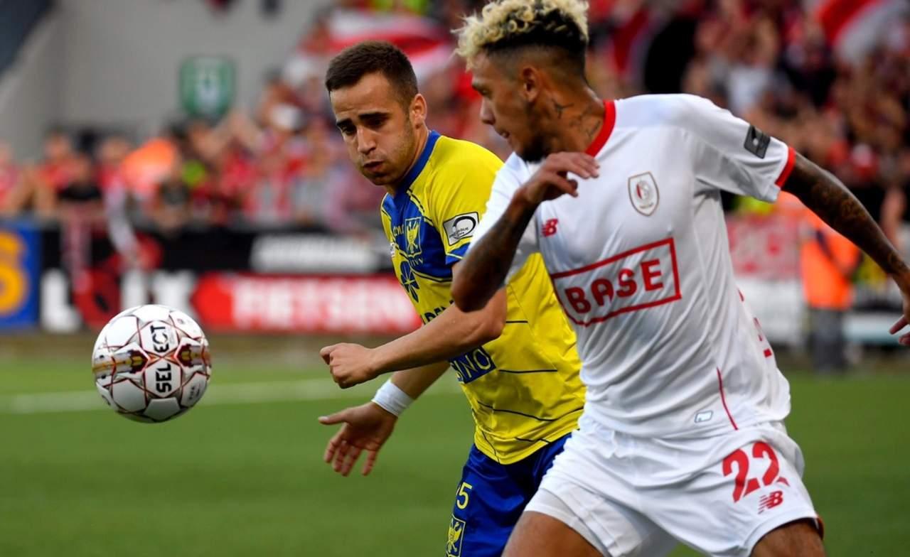 Standard de Lieja y Ochoa sufren primera derrota en liga belga
