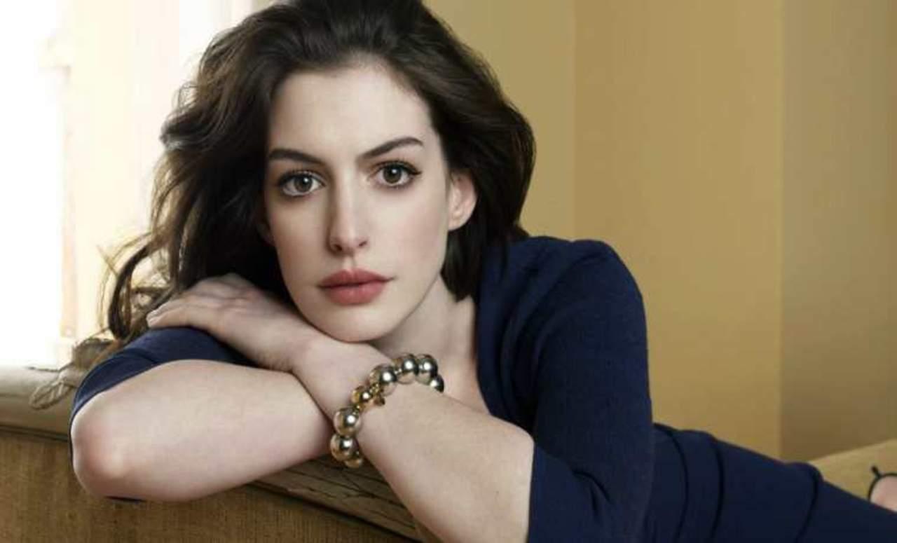 Filtran fotografías de Anne Hathaway desnuda