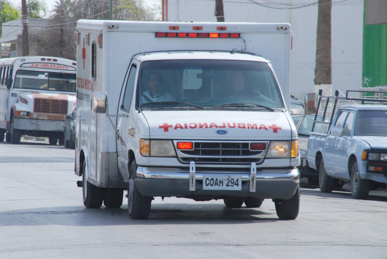 Cae una bebé de unas escaleras eléctricas en Torreón