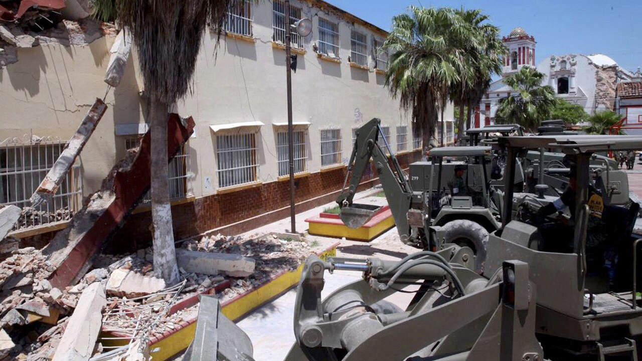 Mantienen más de mil planteles sin clases en Oaxaca debido a su estado