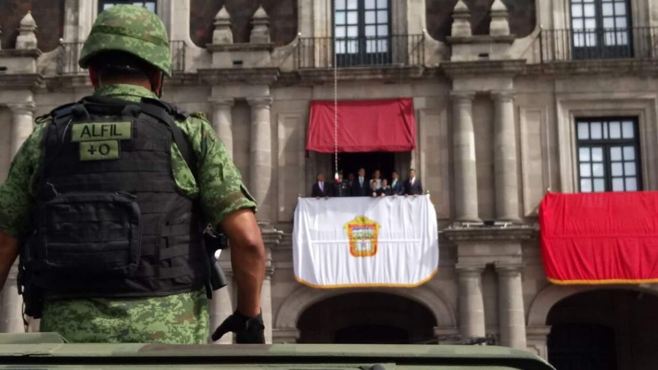 Encabeza Del Mazo su primer desfile como gobernador del Edomex