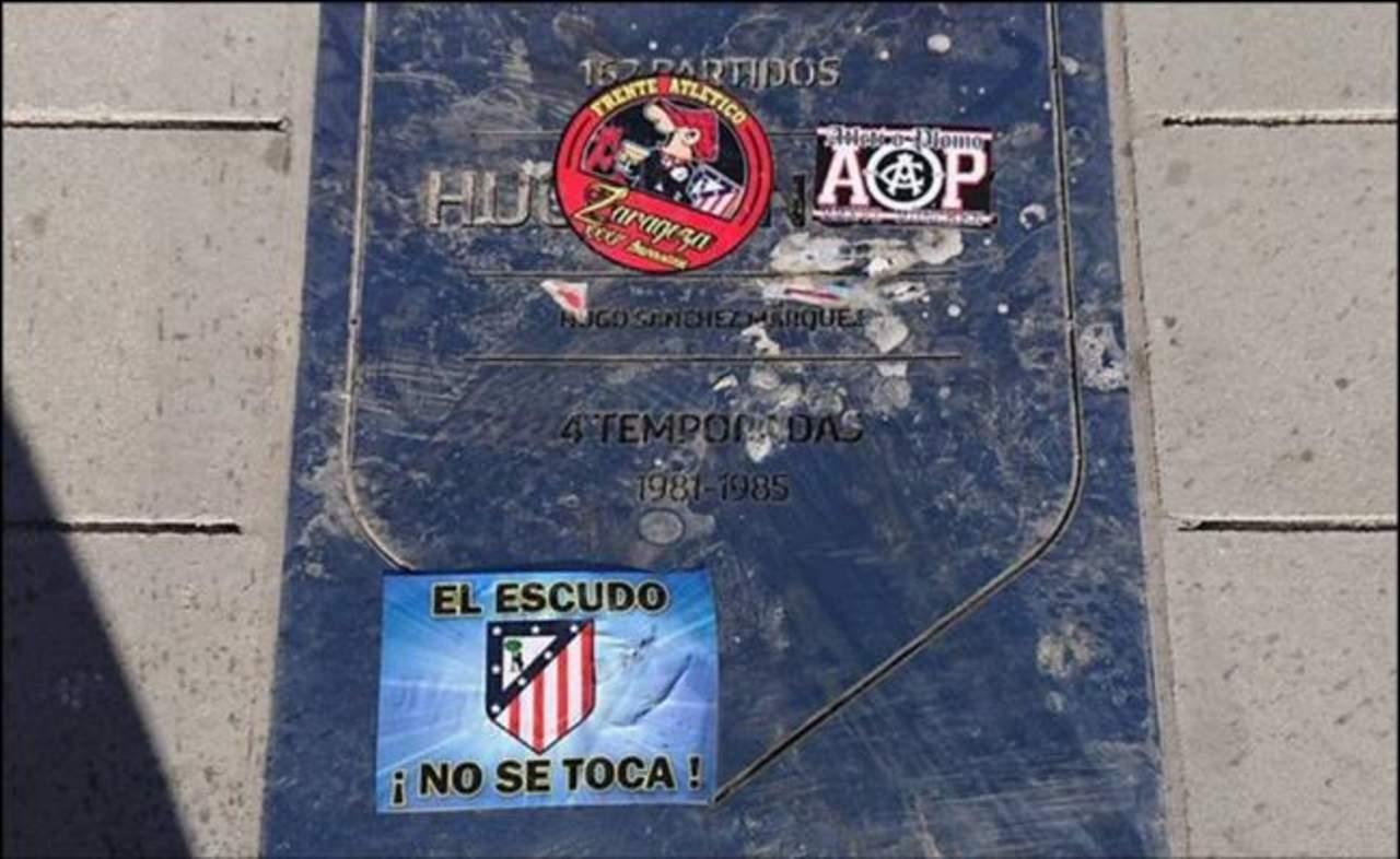 Pisotean placa de Hugo Sánchez en nuevo estadio del Atlético de Madrid
