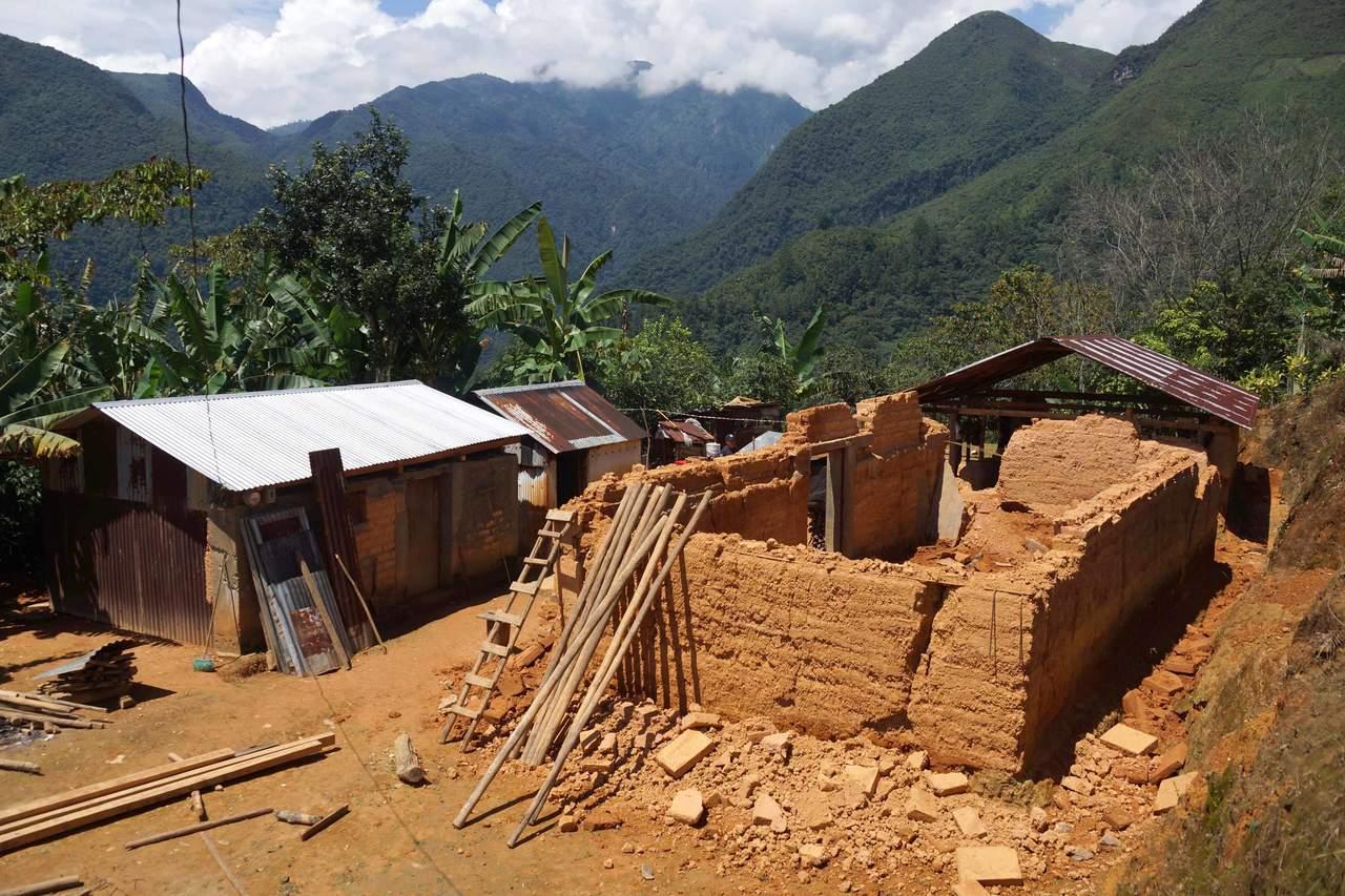 A 8 días del sismo, llegan funcionarios a zona mixe de Oaxaca