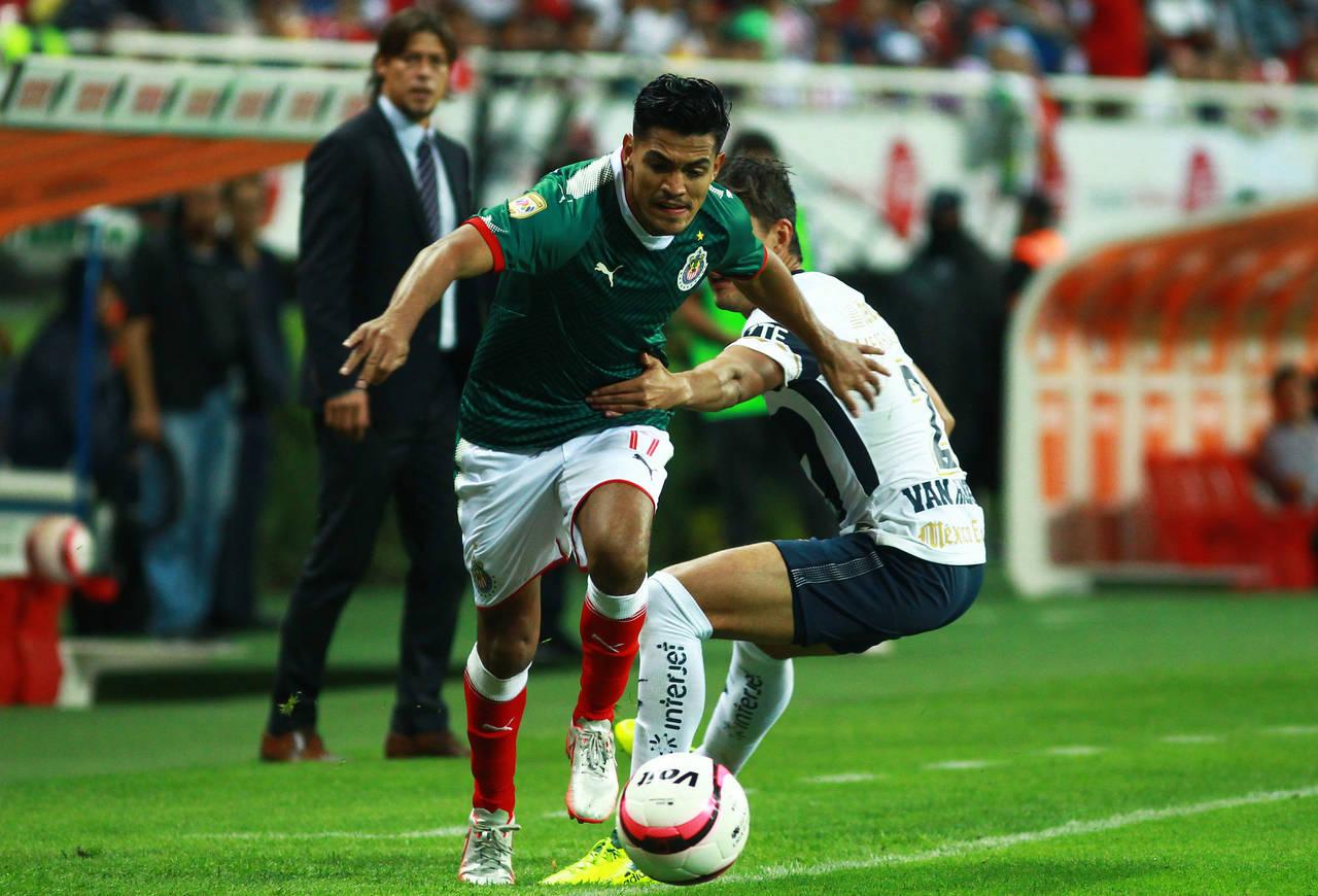 Chivas y Pumas firman empate a uno