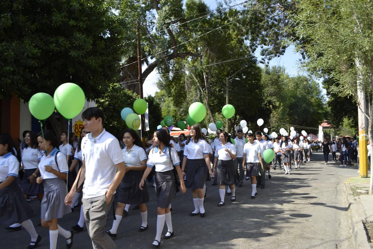 Los lerdenses conmemoran la Independencia