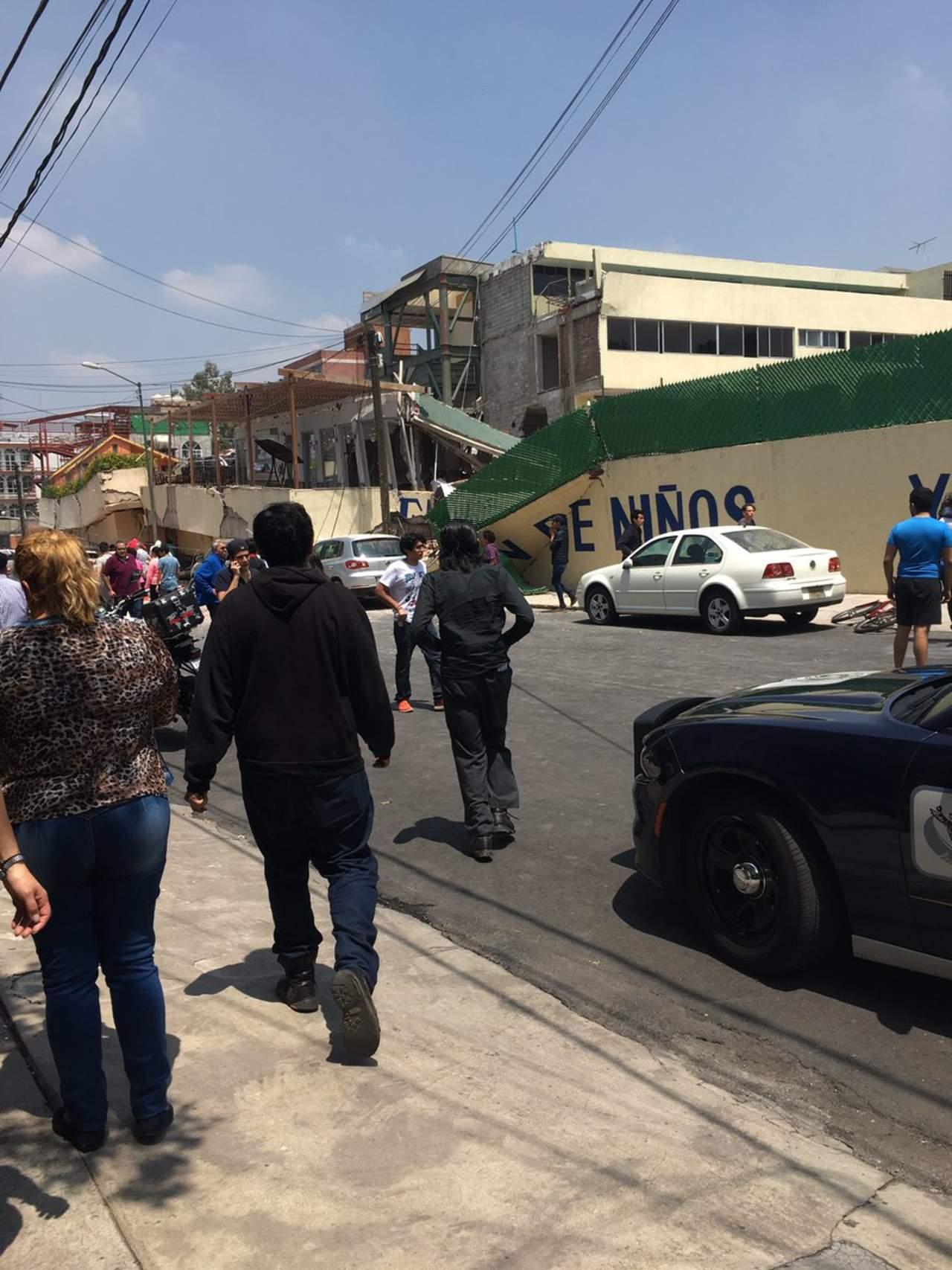 Confirma EPN muerte de 20 niños en derrumbe de escuela