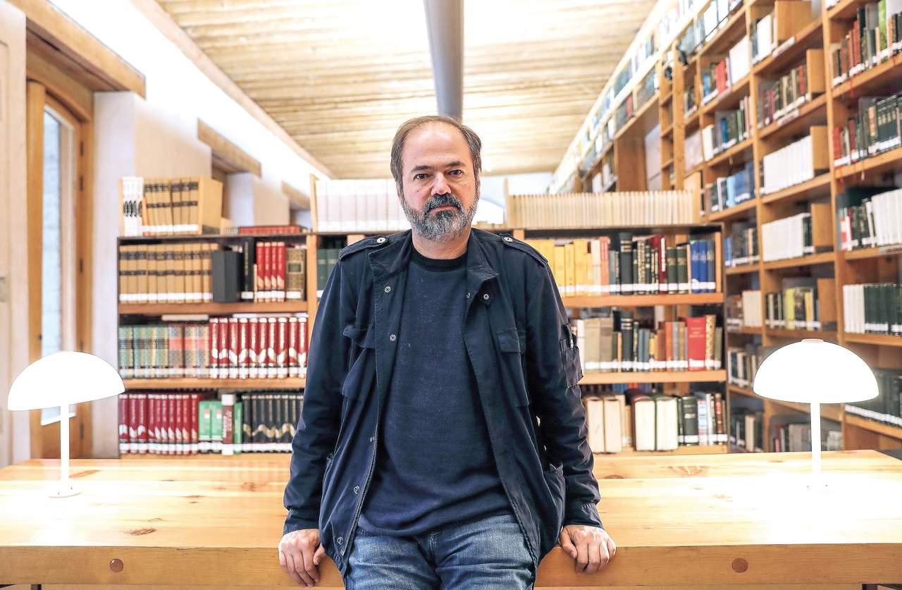 1956: Llega al mundo Juan Villoro, destacado escritor y periodista mexicano