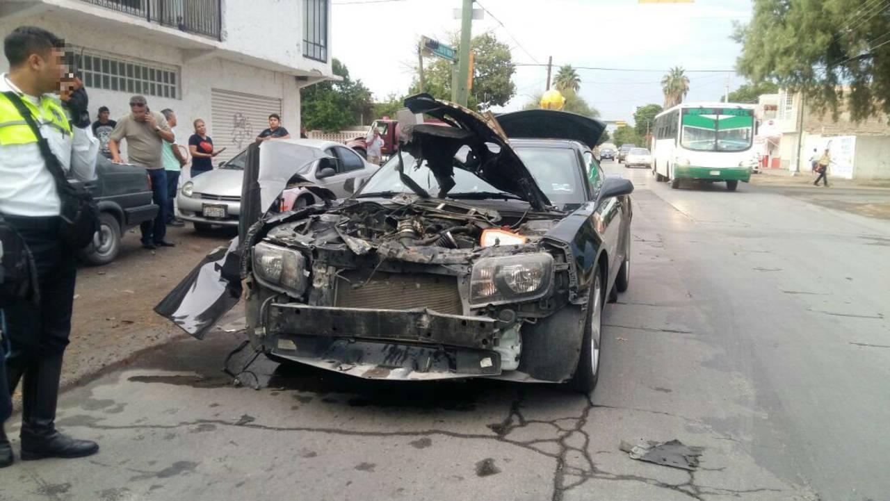 Choque múltiple deja conductora lesionada
