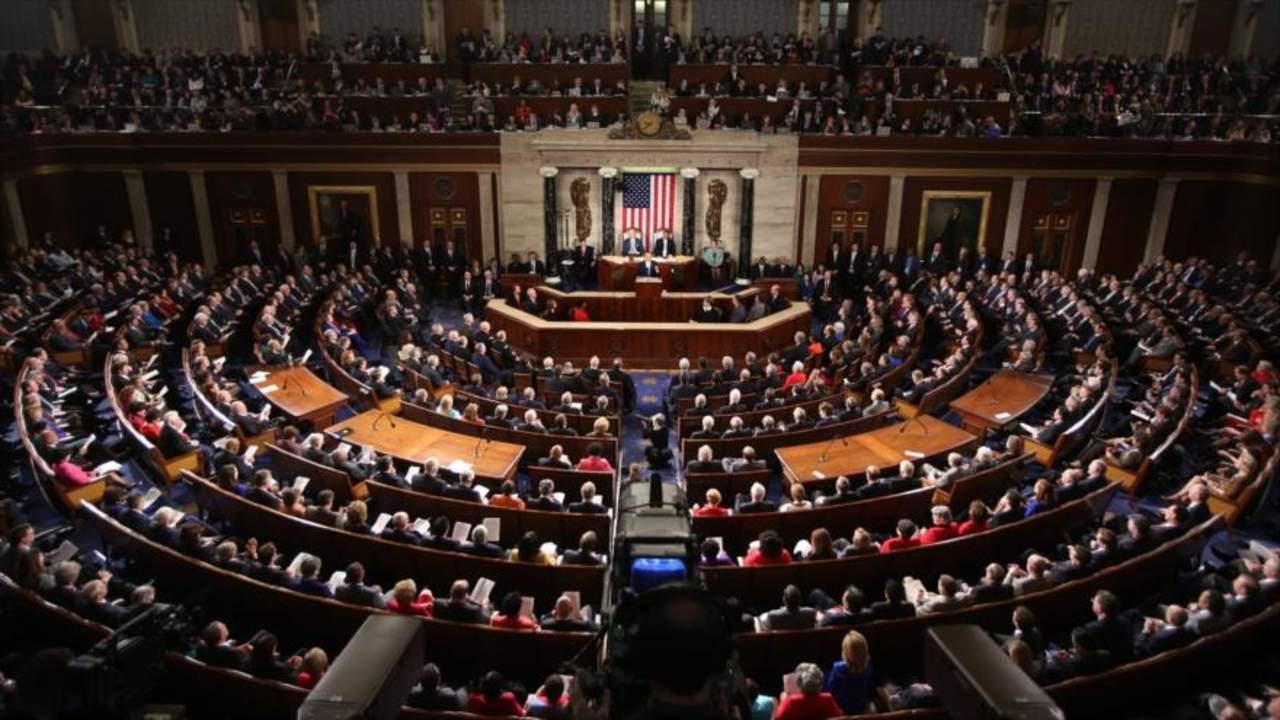 Cámara Baja de EU prohíbe aborto después de 20 semanas
