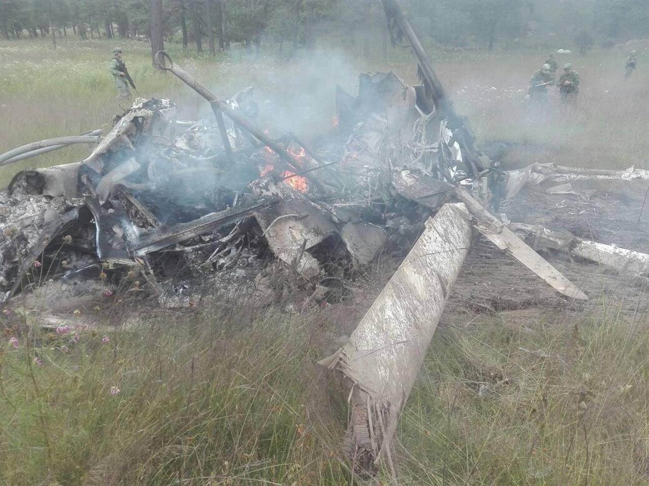 Cae helicóptero de la Sedena; mueren 7