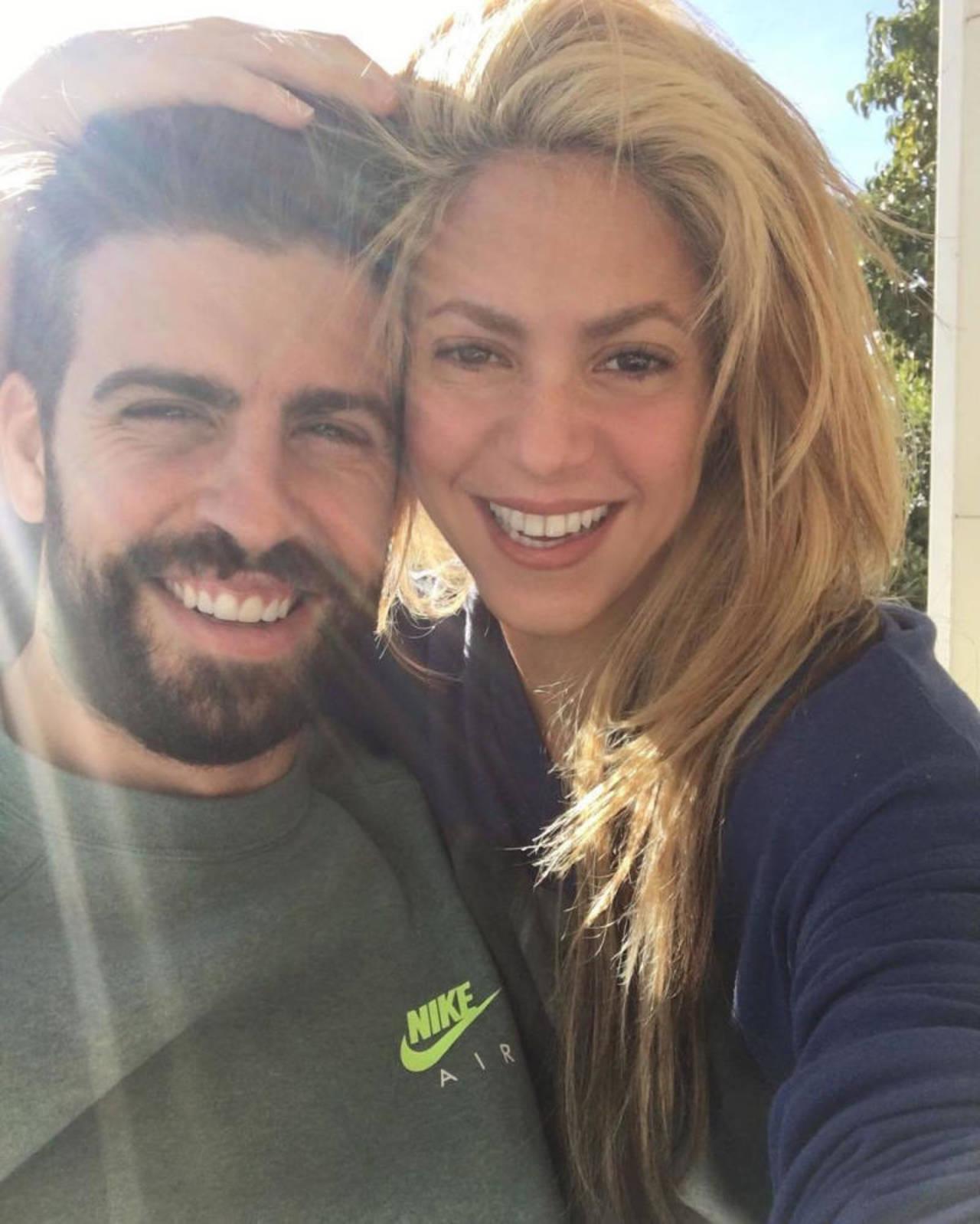 Desmienten Shakira y Piqué separación