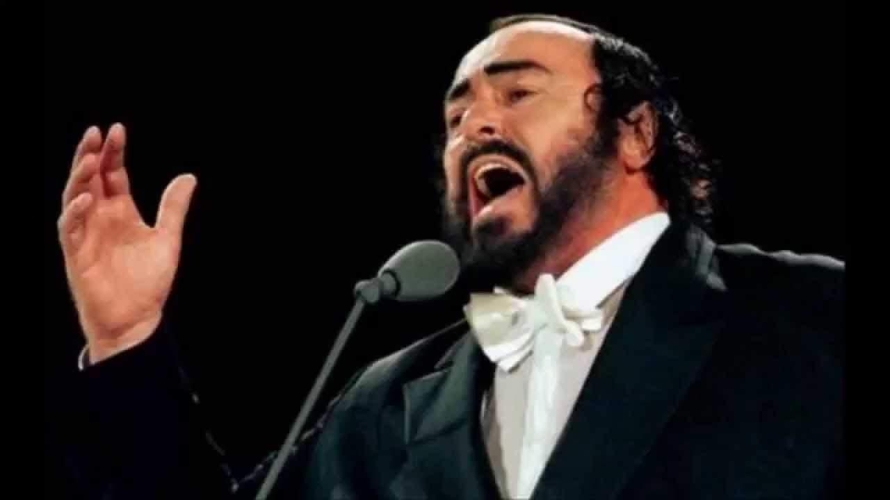 1935: Llega al mundo Luciano Pavarotti, una de las voces más populares en la historia de la ópera