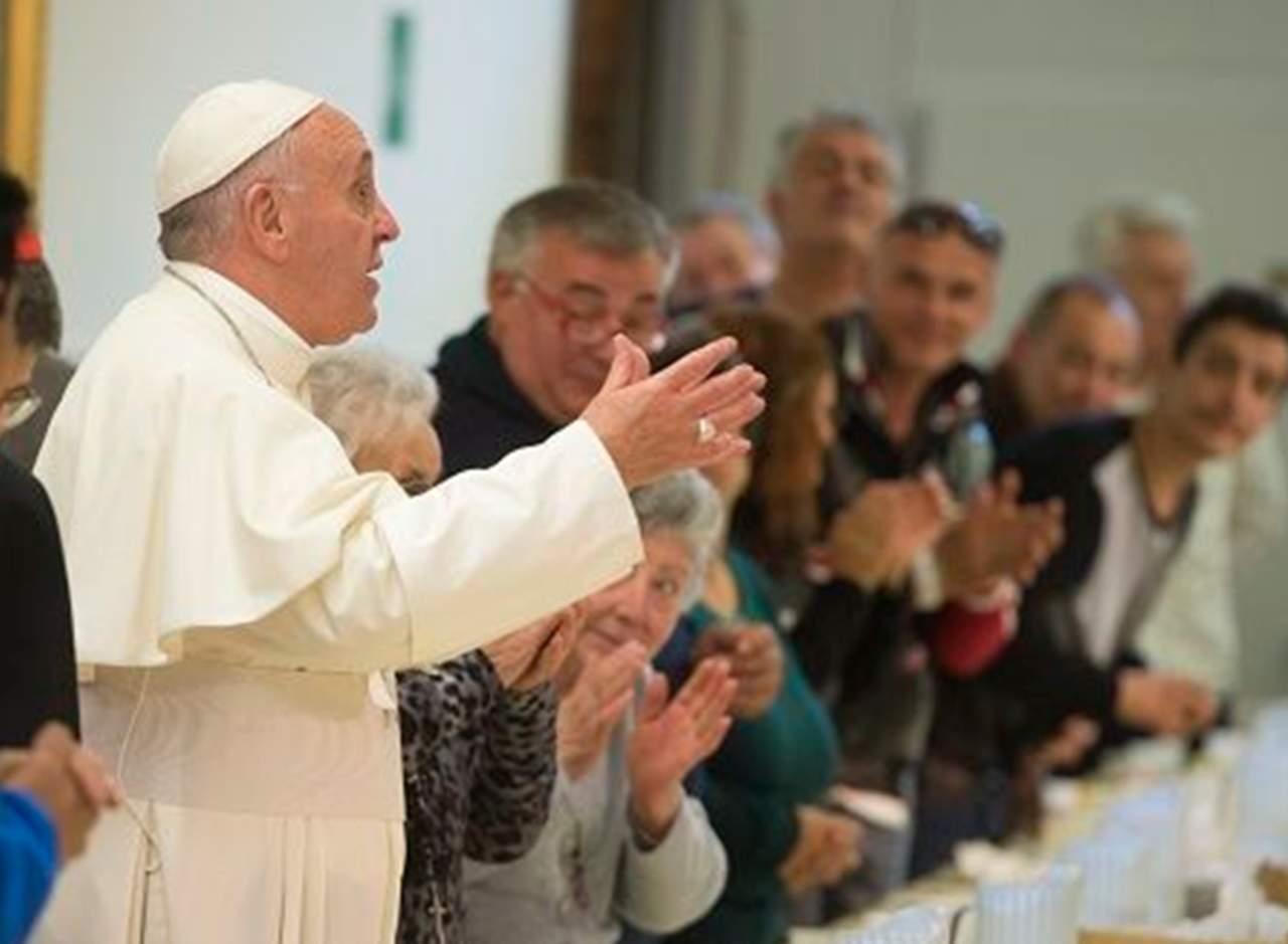 Se fugan dos presos, invitados a almorzar por el papa Francisco