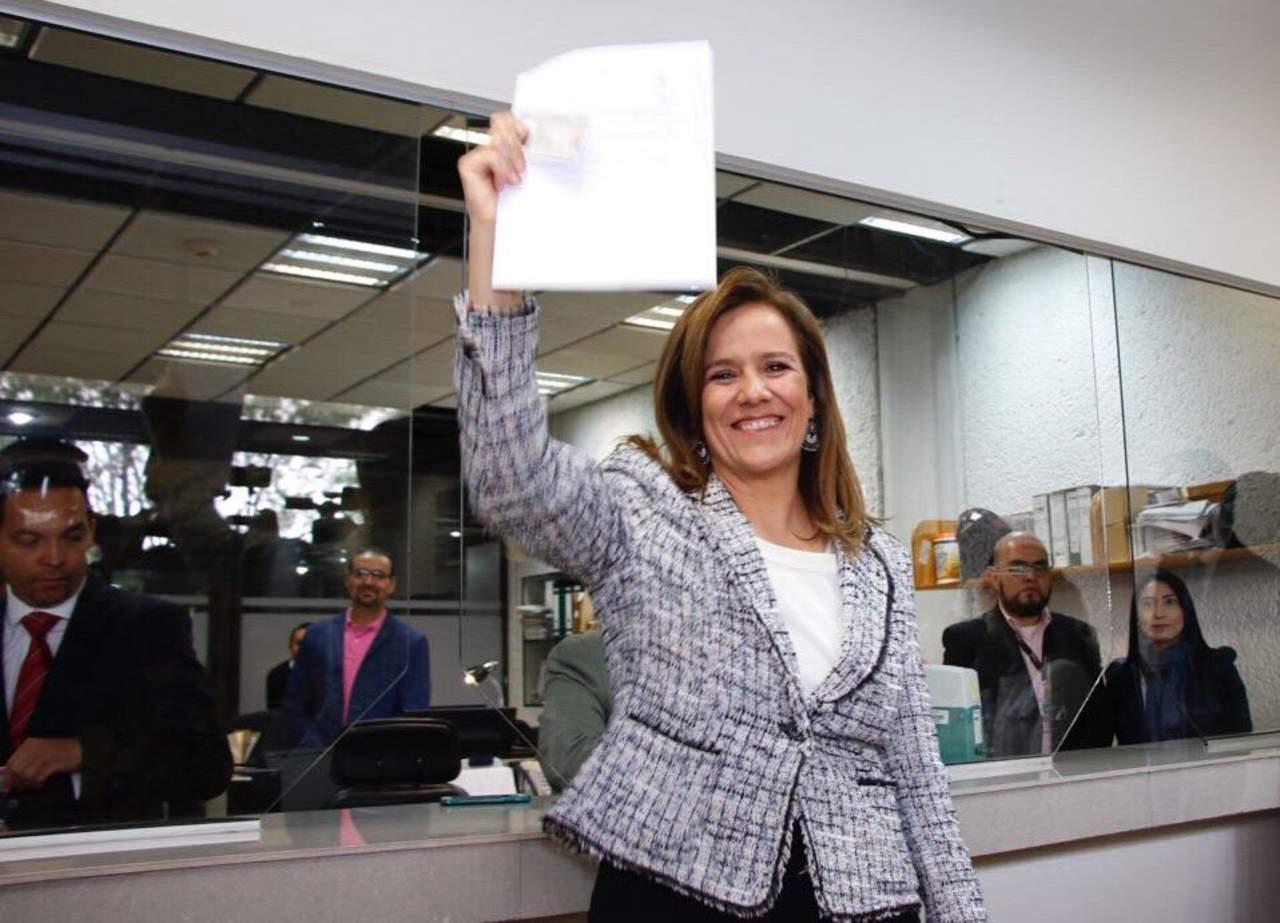 Se registra Margarita Zavala como aspirante independiente