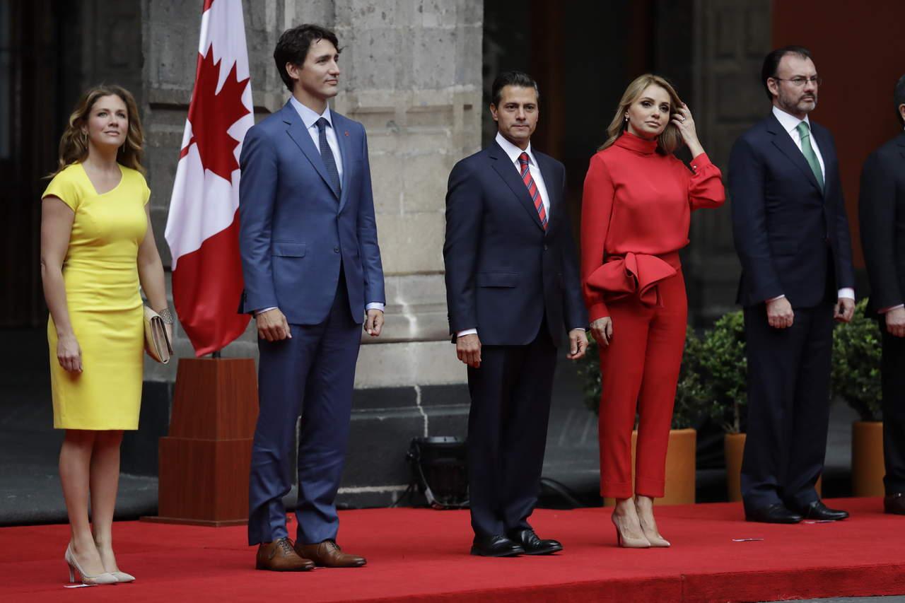 Recibe EPN a Trudeau en el Palacio Nacional