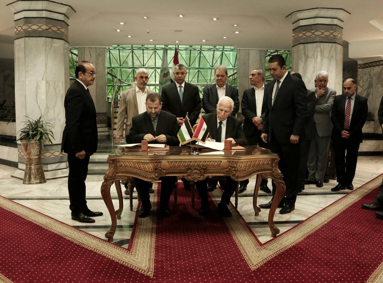 Hamás y al Fatah firman acuerdo de reconciliación