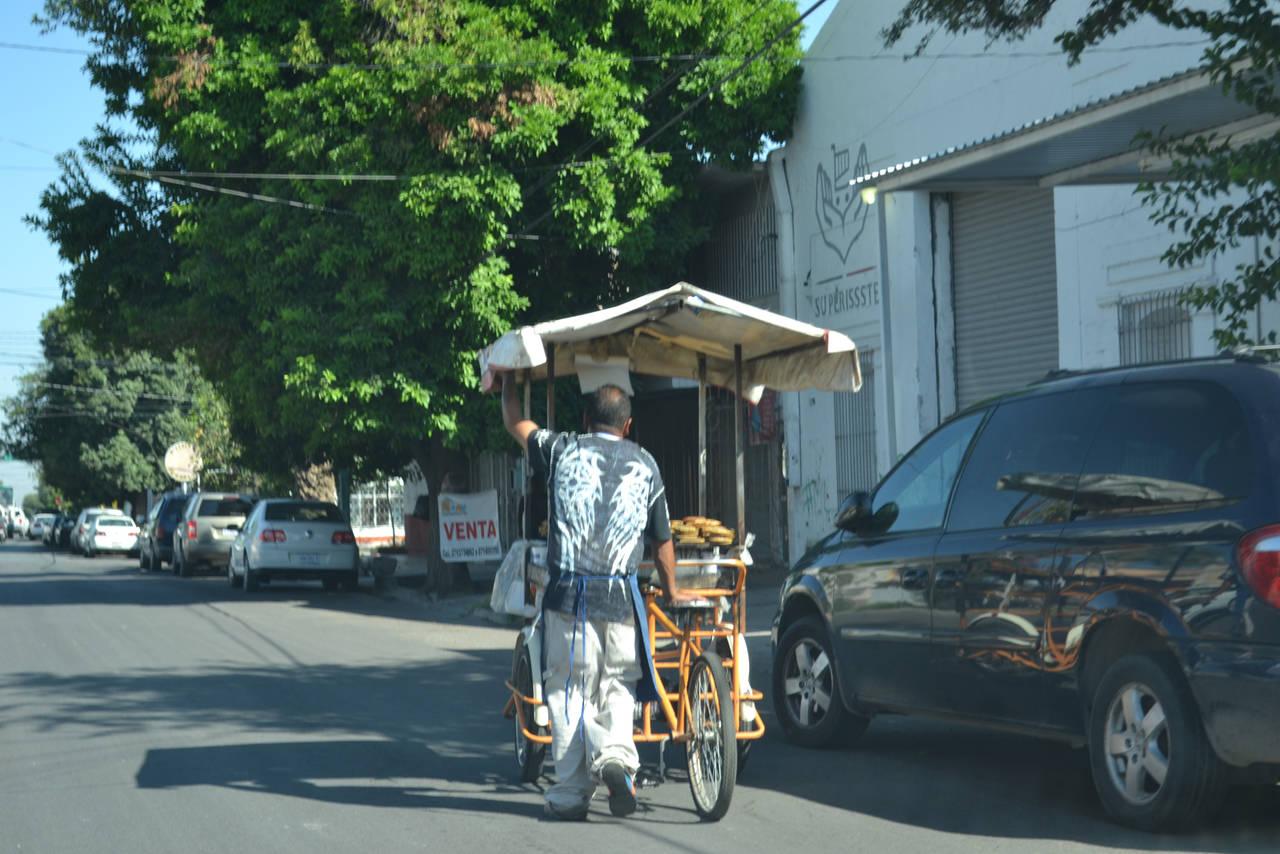 Aseguran regulación de ambulantes
