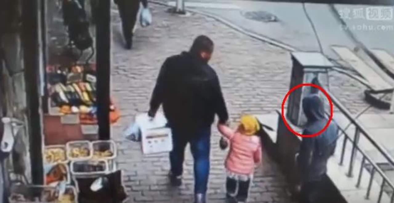 Padre impide secuestro de su hija