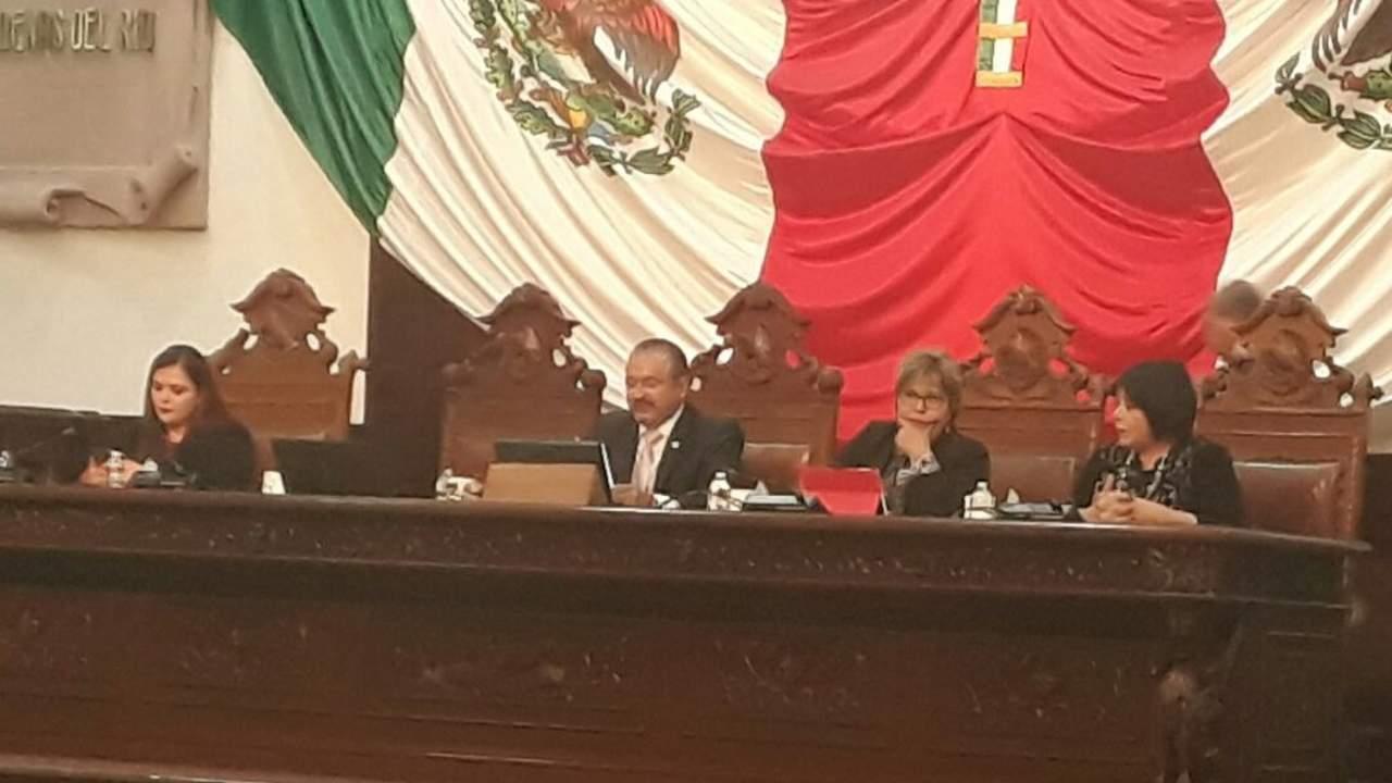 Moreira envía terna para elegir a Fiscal