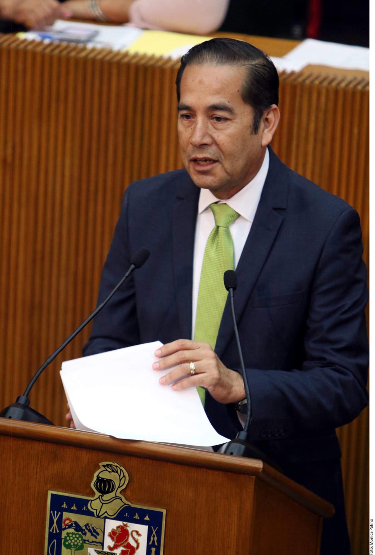 Busca ley en Nuevo León impedir nombres raros
