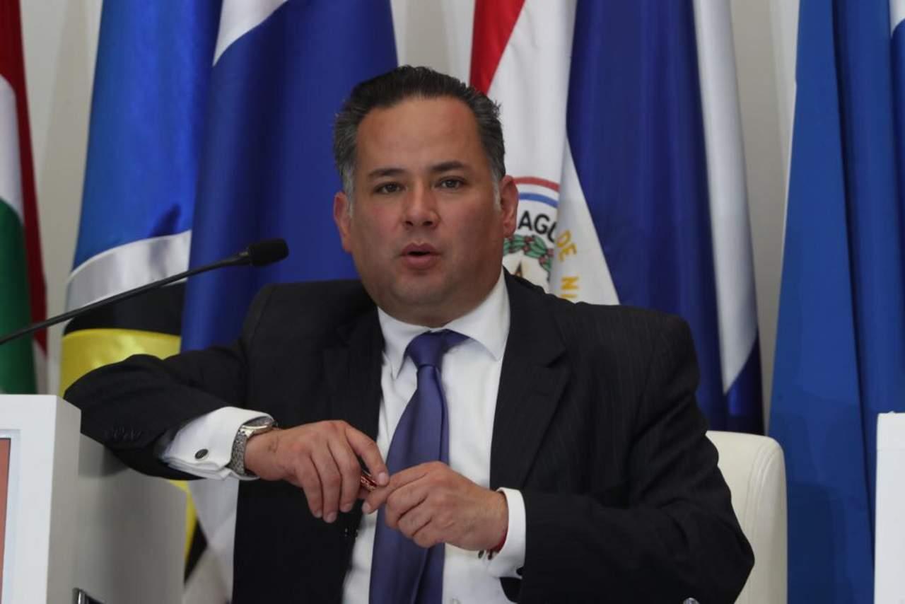 PGR cesa a fiscal por Lozoya