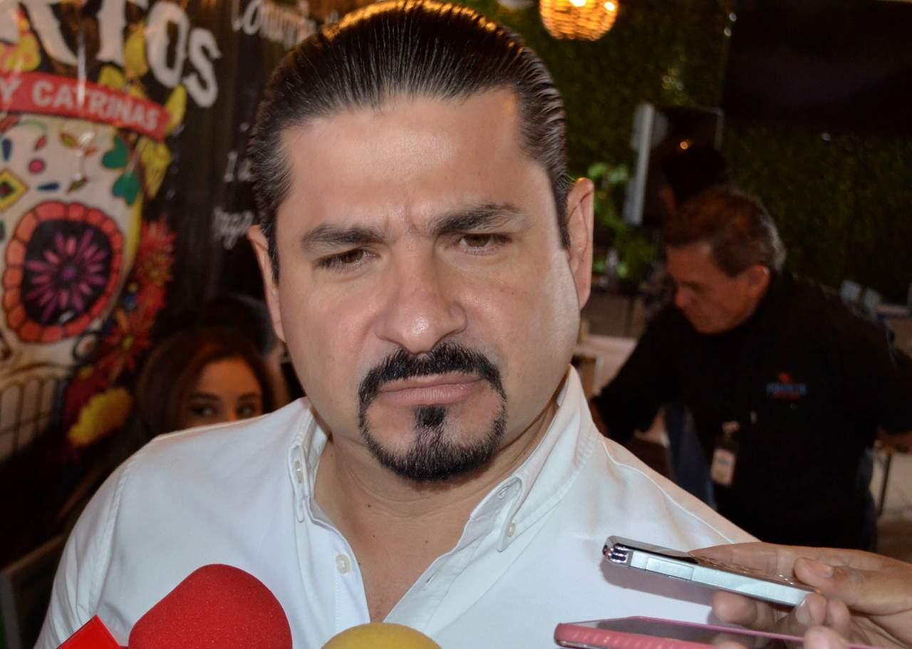 Arremete Shamir Fernández contra el INE