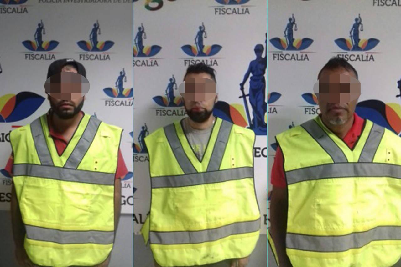 Caen tres hombres por robo de vehículo