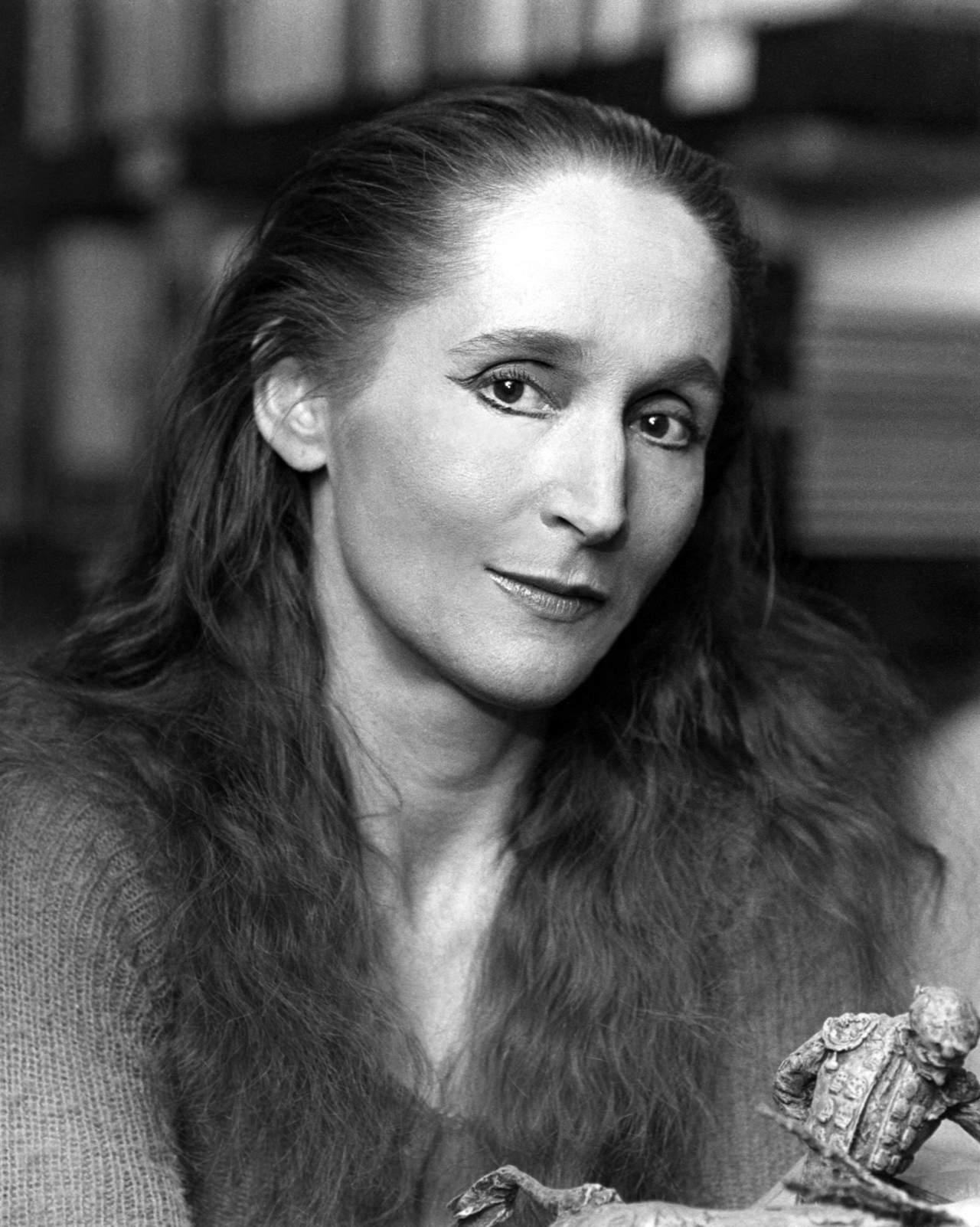 1934: Da su primer respiro Gloria Contreras, reconocida coreógrafa, bailarina y académica mexicana