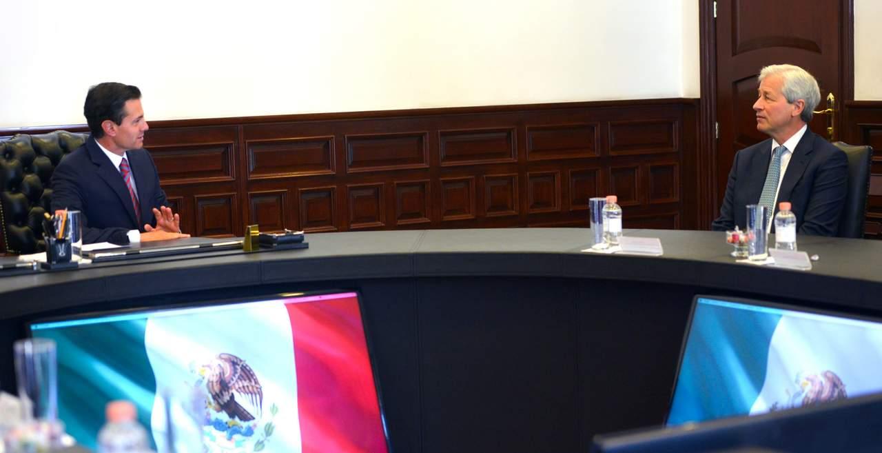 Peña Nieto se reune con director de J.P. Morgan