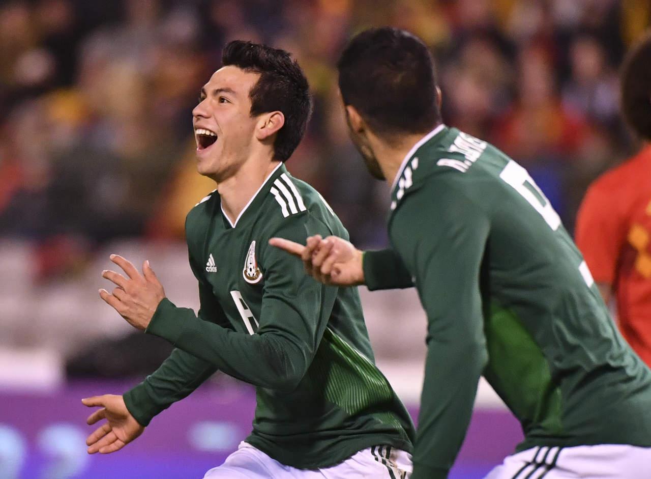 Lozano interesaría al City de Guardiola