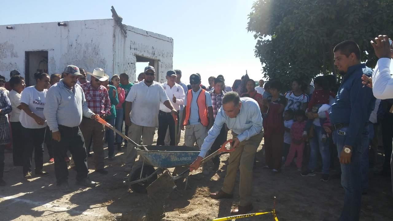 Inician construcción de caseta de policía en El Cambio