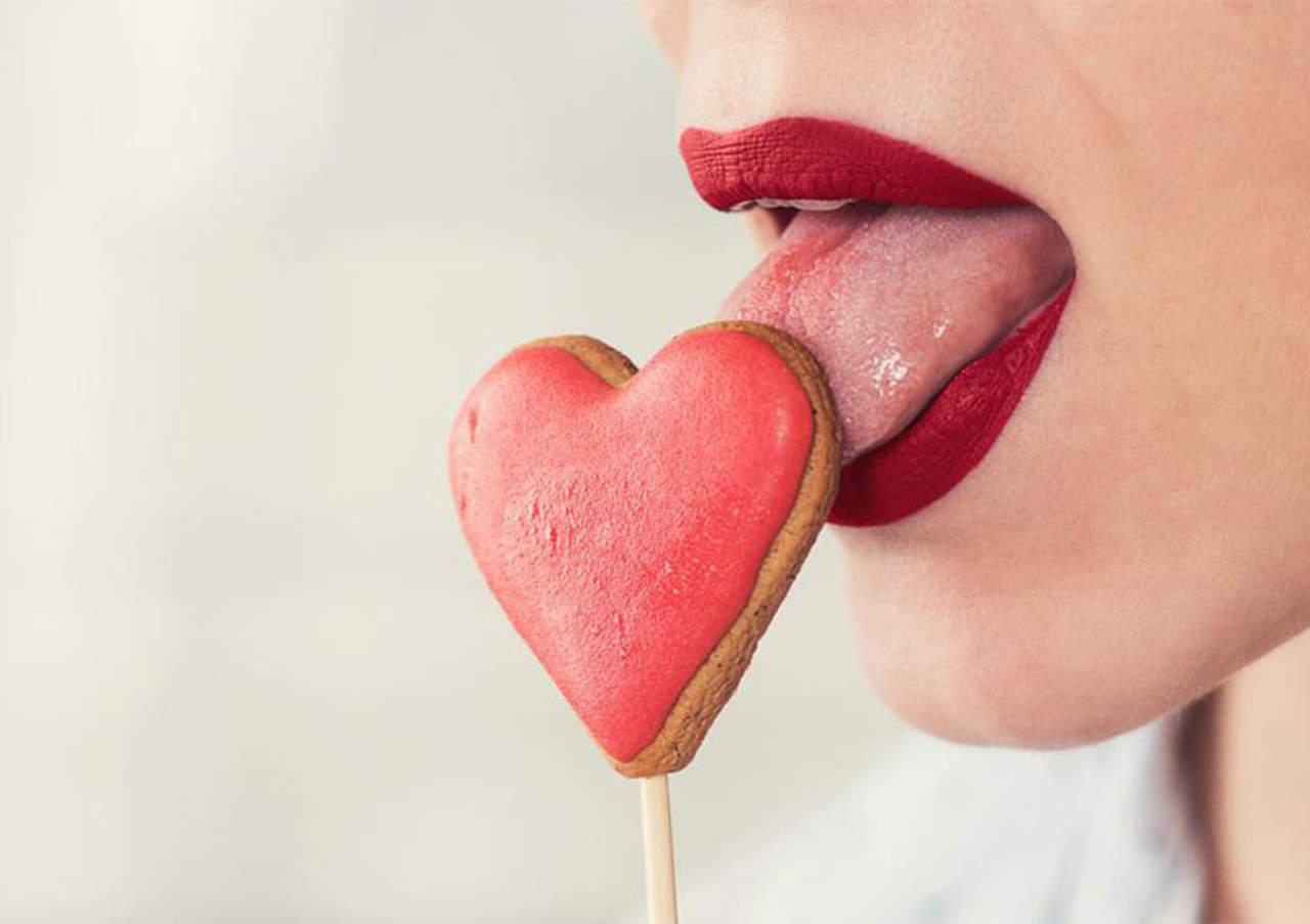 Sexo oral podría provocar cáncer en los hombres