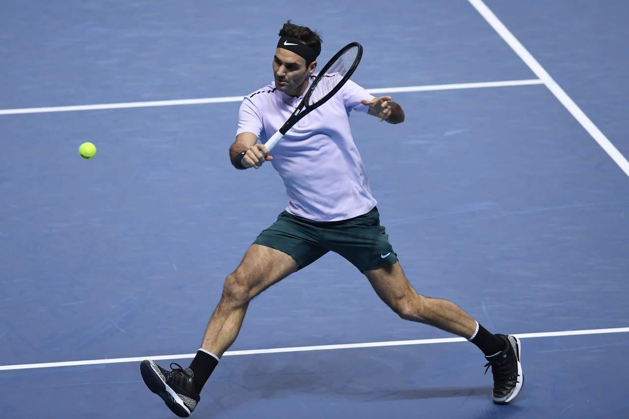 Federer vence a Zverev y avanza a las semifinales