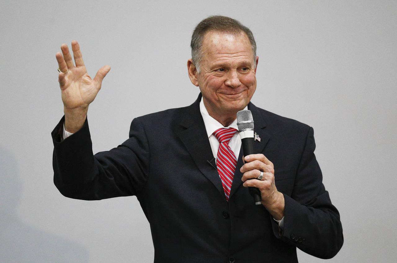Moore pierde apoyo republicano
