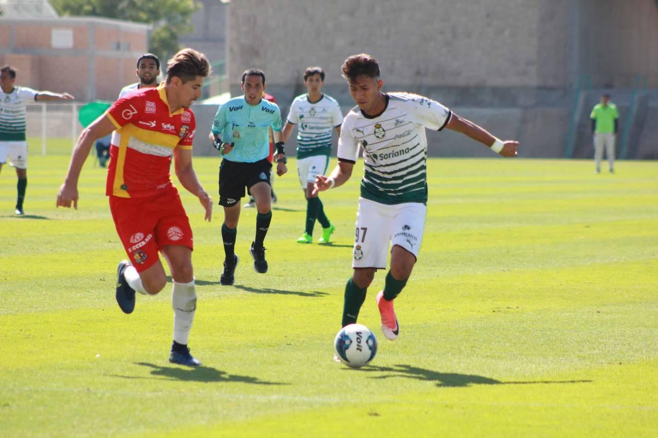 Vibrante empate de Santos Premier