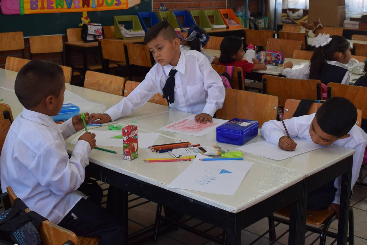 Escuelas al Cien beneficiaría a 34 centros educativos