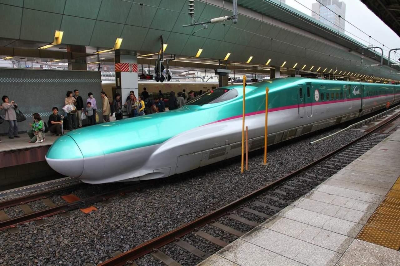 Compañía japonesa se disculpa porque el tren salió 20 segundos antes