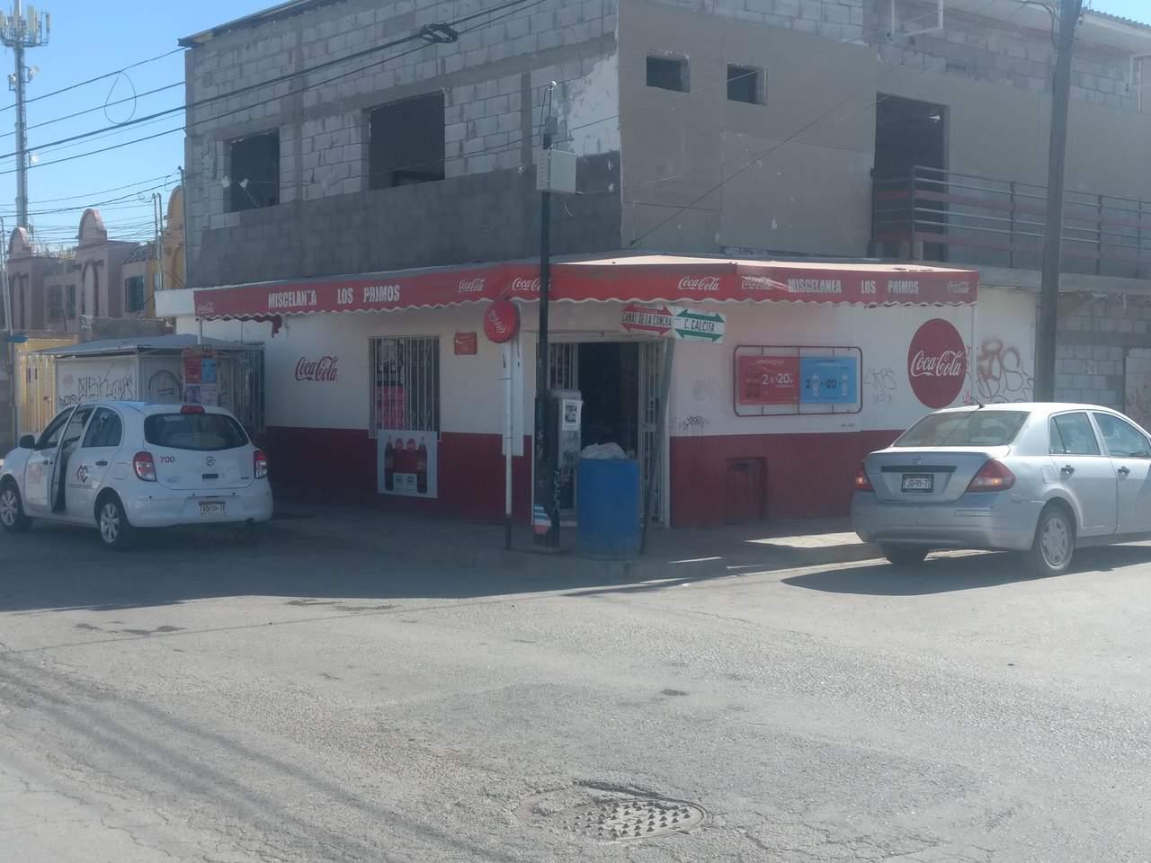 Asaltantes se llevan 3 mil pesos de una miscelánea en Torreón