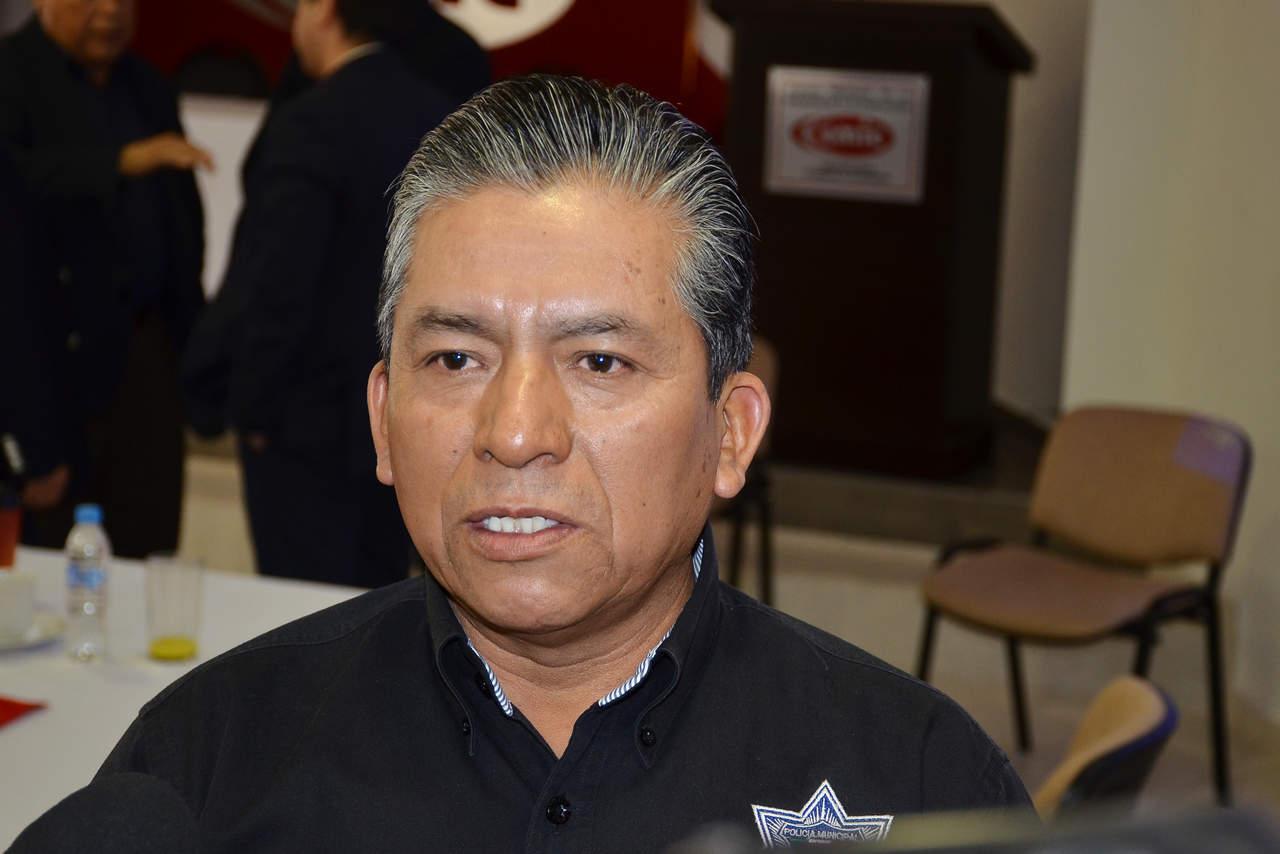 Adelaido Flores niega tener invitación para trabajar con Riquelme
