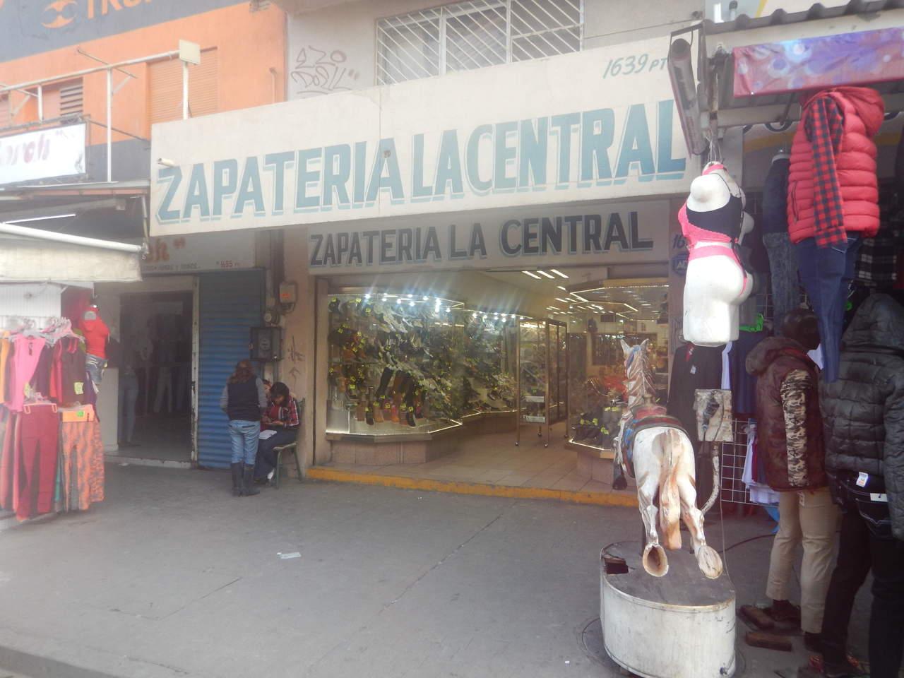 Asaltan zapatería en el sector Alianza de Torreón