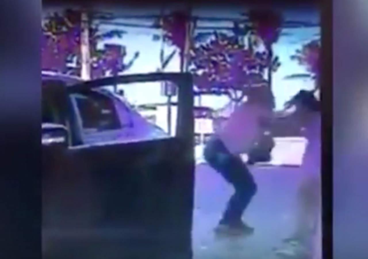 Mujer es apuñalada frente a su hija de 13 años