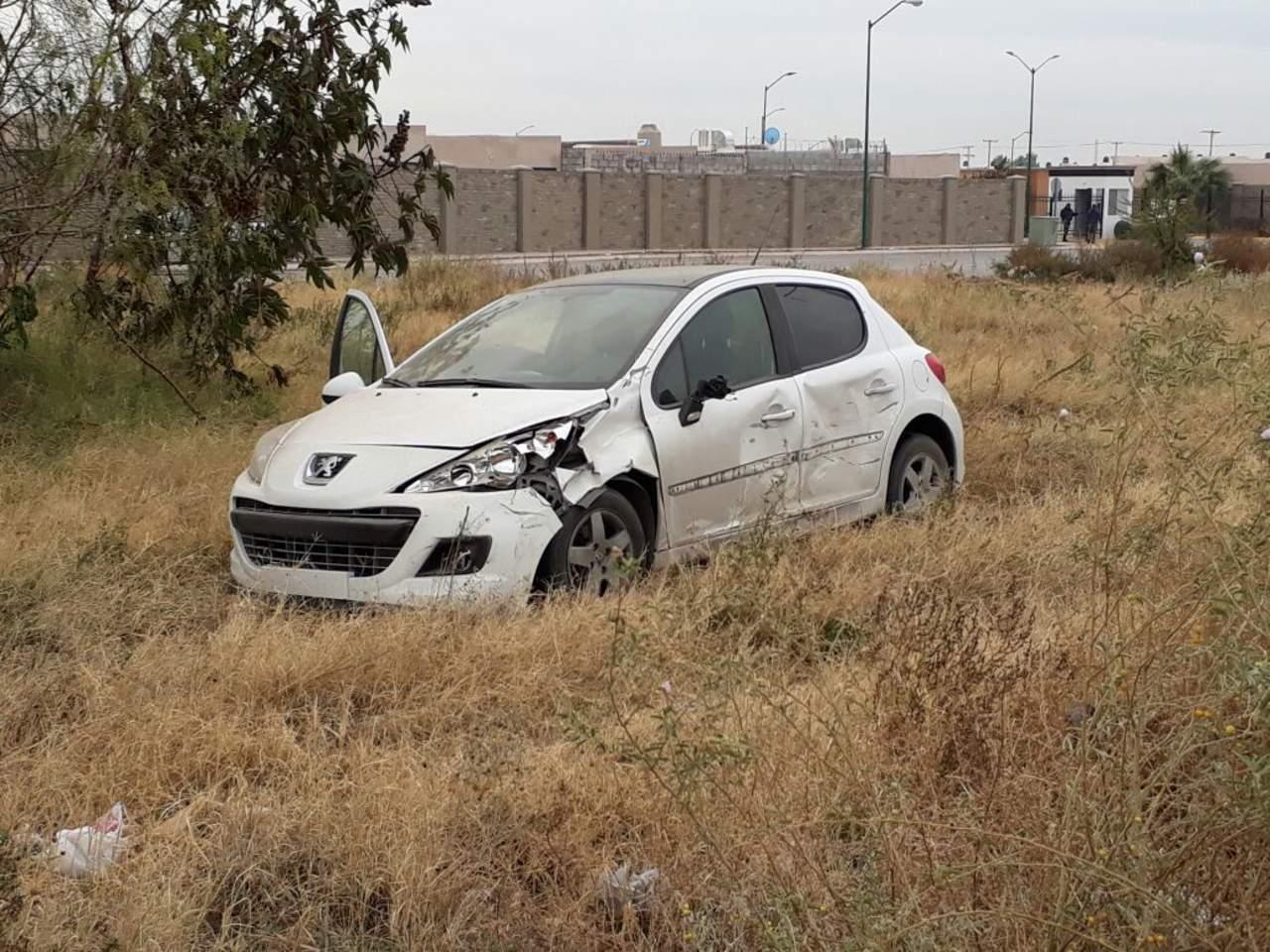 Pareja resulta lesionada tras accidente de moto en Torreón